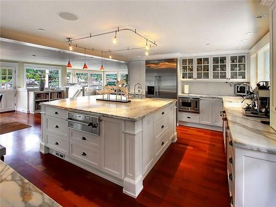 Nice home and ovens on pinterest for Gourmet kitchen