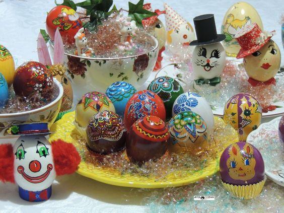 Use você também esta alegre tradição da Páscoa, pintando e colorindo os mais diversos modelos de ovos. Manifeste sua criatividade! Pinte ovos e mais ovos... Ovos pintados por Heda Seffrin nas mais variadas técnicas de criatividade. Fotografia:Simone Seffrin