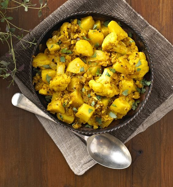 This is a classic Indian dish made with potatoes, cauliflower and a blend of spices. It is perfect on its own as a snack, served with Naan Bread (recipe available on …