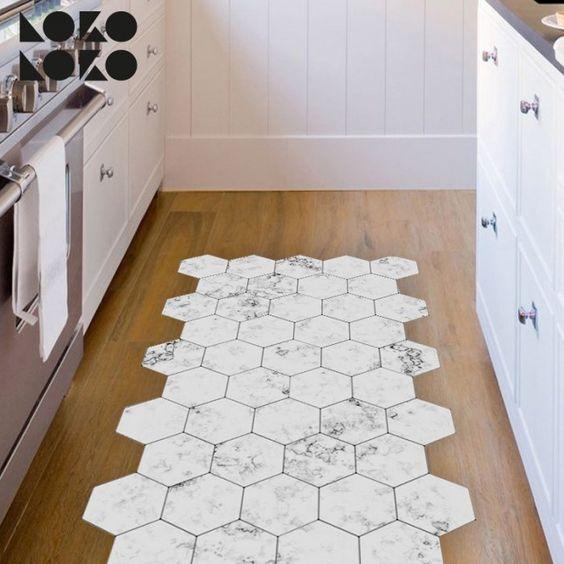 Suelo de azulejo blanco hexagonal for Parquet vinilo adhesivo