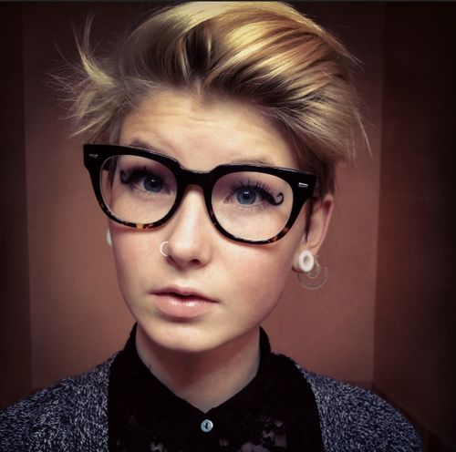 short hair with glasses Google Search Things I d Wear Pinterest