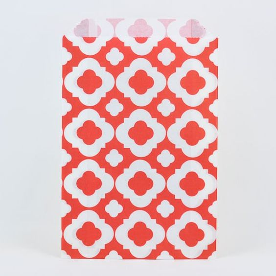 RED MOD PAPER BAGS - Simply Sweet Soirees