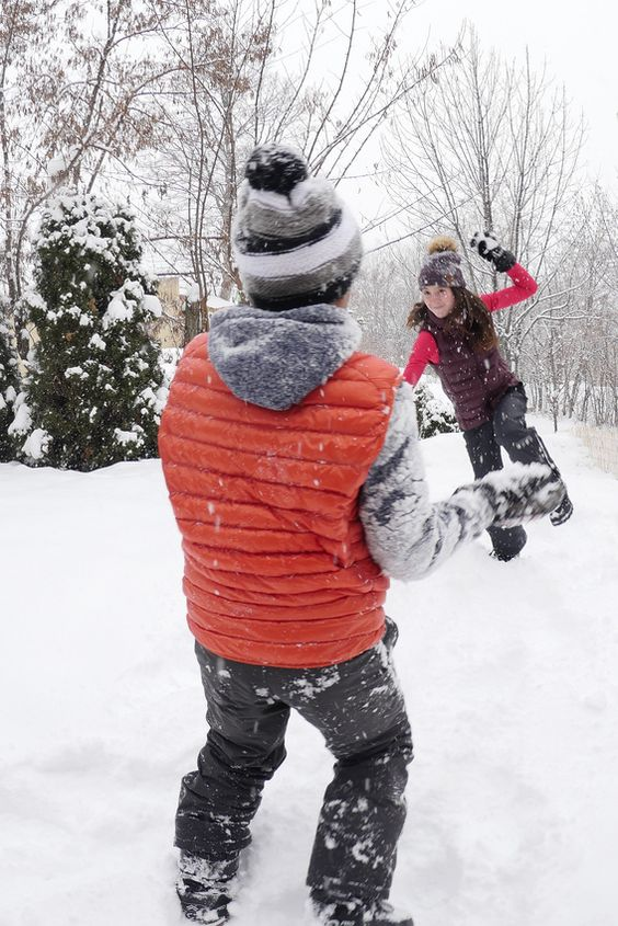 En avril, vos enfants sont nos invités ! Le printemps du Ski à #SerreChevalier, du 2 au 24 avril c'est cadeau pour les enfants de moins de 12 ans ► http://buff.ly/1Ui7ex4