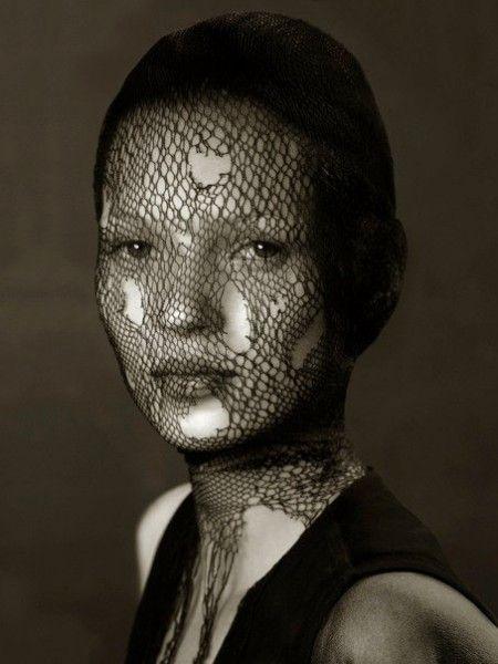 Albert Watson, Kate Moss, Marrakech, Vogue Allemand, 8 Janvier 1997