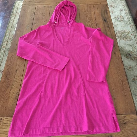 Lands' End pink swim suit cover up medium 10-12 Perfect condition except tiny hole see last pic. Otherwise Brand new, non smoking house Lands' End Swim Coverups
