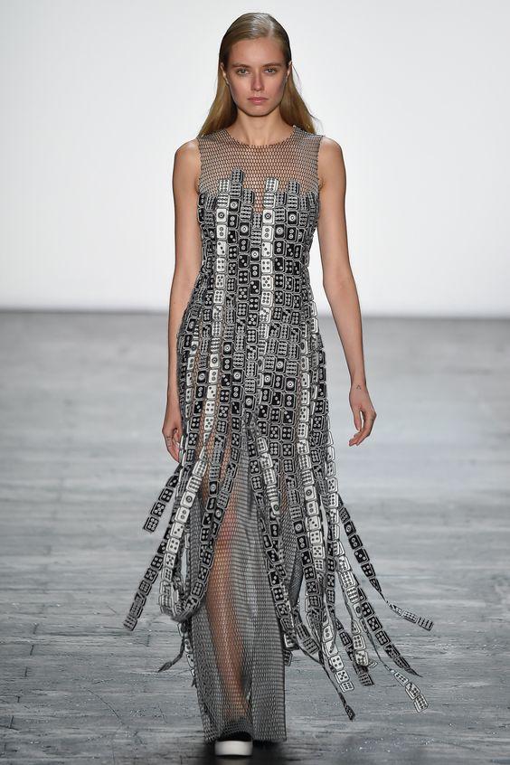 Vivienne Tam Spring 2016 Ready-to-Wear Fashion Show