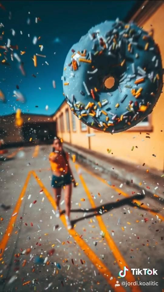 5 Creative Photography Ideas Youtube Video By Jordi Koalitic Crea 5 Creative Ph Creative Photography Youtube Photography Photography Editing