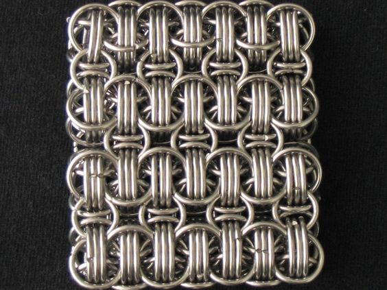 Staggered Quad Reinforced Inverted Round Sheet Chainmaille - WOW!