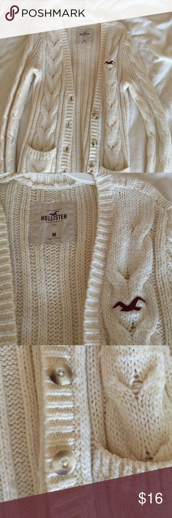 Cream Cableknit Cardigan Cream cable knit cardigan from Hollister. Super cozy, I bought a M for an oversized fit. Perfect condition, only worn once or twice Hollister Sweaters Cardigans