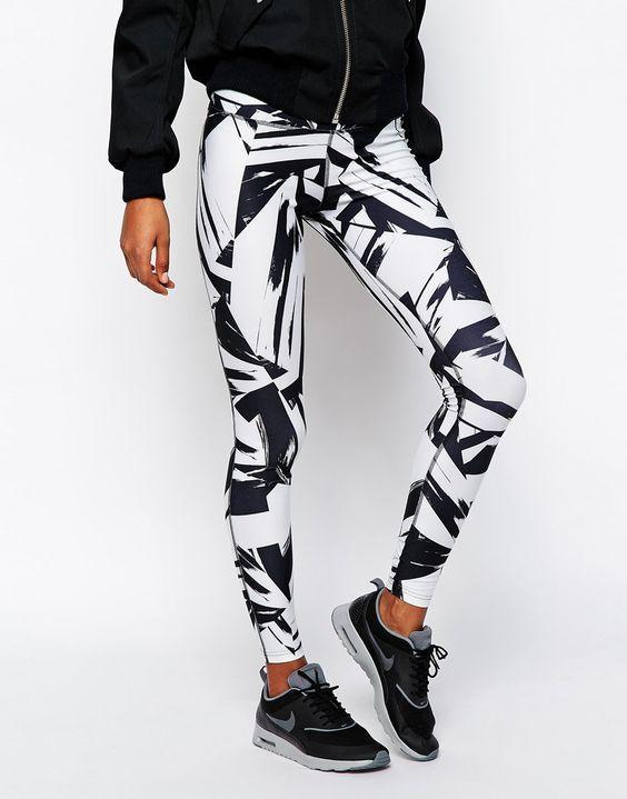 Image 4 of Nike Big Print Leggings: