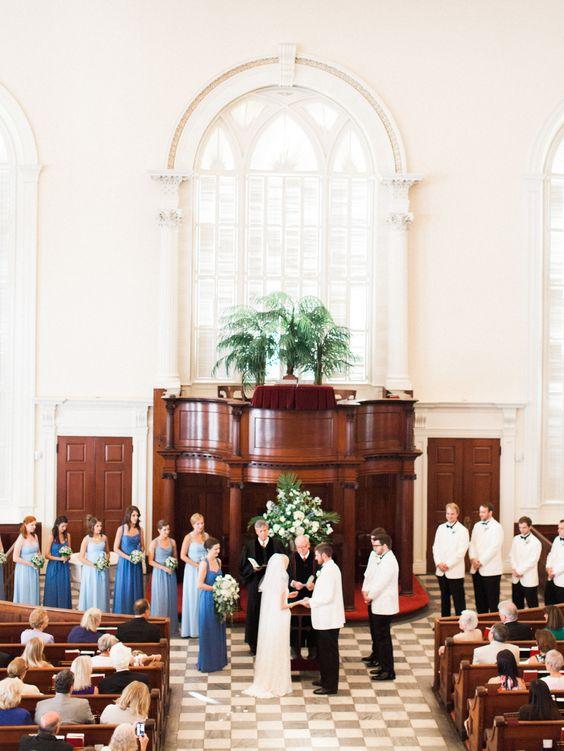 Beautiful ceremony inside Savannah's Independent Presbyterian Church