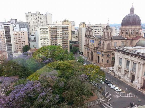 Praça da Matriz, Porto Alegre, Brasil. Já estive aí e achei maravilhosa.