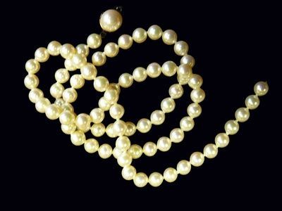 Image result for How To Tell If The Pearls Are Fake? - Know About Chocolate Coloured Pearls