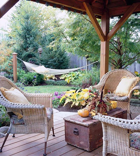 This Small Backyard Guest House Is Big On Ideas For: Gardens, Backyards And Love The
