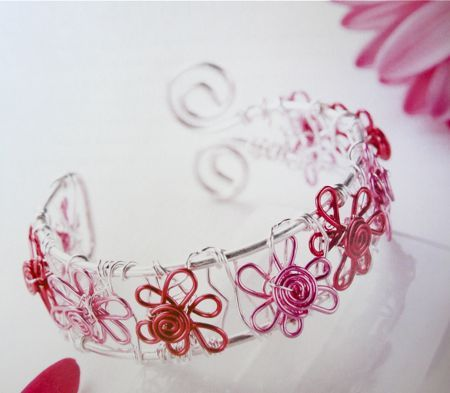 wire and bead jewelry project ideas: