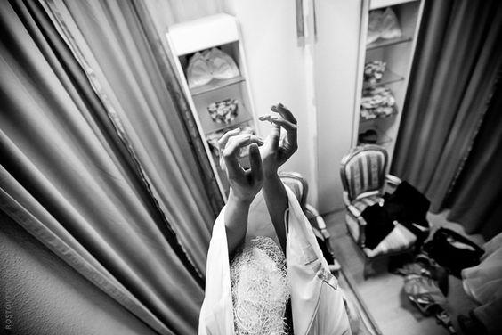 Wedding photography. Getting ready