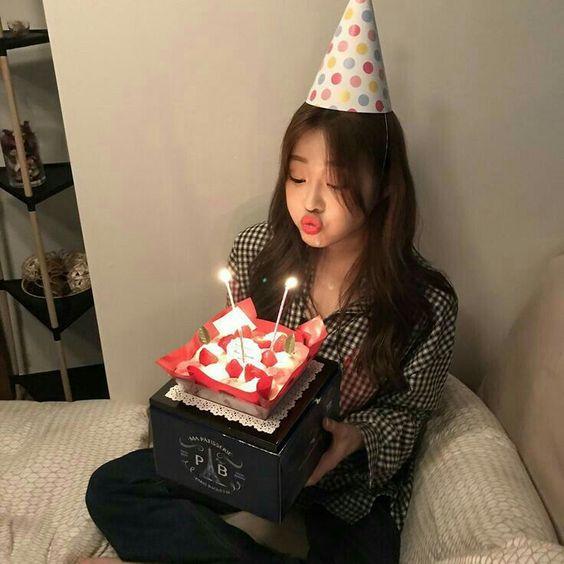 高逼格【祝我生日快乐】CAPTION | 还是要长大,可爱不是长久之计,生日快乐啊自己