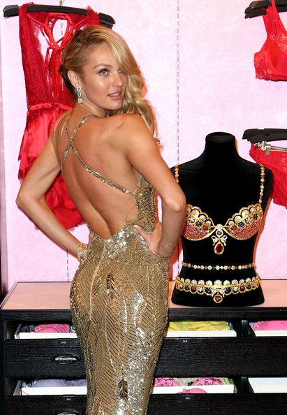 Candice Swanepoel - Candice Swanepoel Shows Off The Royal Fantasy Bra