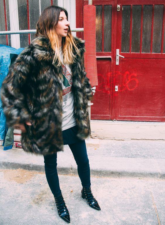 PALACE | The Blab   Essentiel coat / Palacee tshirt / Weekday tshirt / AG jeans / Tara Jarmon boots