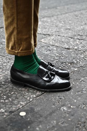 streetetiquette: London Fashion Week - Joshua's tassel wingtips (Source: streetetiquette)