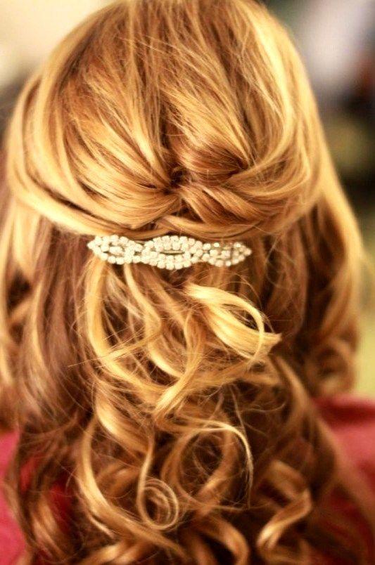 25 Wedding Hairstyles For Medium Length Hair In 2020 Medium Length Hair Styles Mother Of The Bride Hair Medium Hair Styles