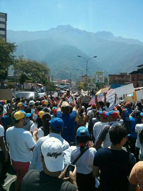 Protestas Estudiantiles En Venezuela Censuradas Por El Gobierno #Fotos