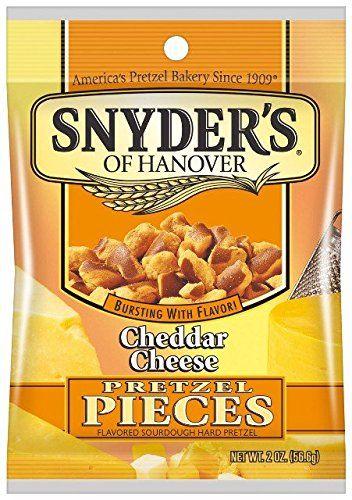 食べだしたら止まらないカルディの「スナイダーズ チェダーチーズ」