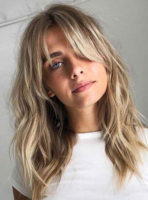 27 Beste Lang Haar Met Een Pony Kapsels 2020 Guide In 2020 Long Hair With Bangs Hair Styles Long Hair Styles
