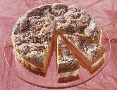 Ruck-Zuck-Torte                              -                                  Eine sahnige Torte mit Mandarinen für die Kaffeetafel