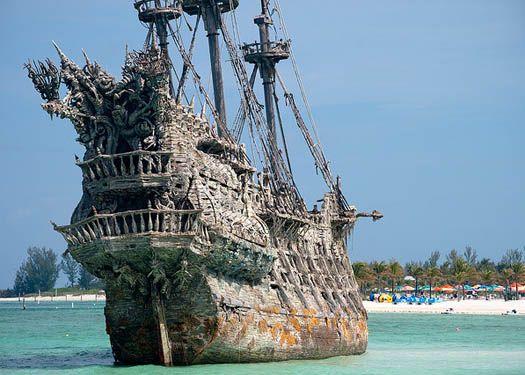 Find The Sunken Ship When Snorkeling At Castaway Cay In Disney - Sunken cruise ships