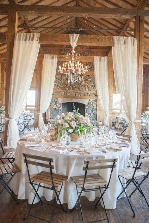 Barn Weddings On A Budget Weddings Budget Scheune Hochzeiten Mit Kleinem Budget In 2020 Barn Wedding Reception Rustic Barn Wedding Reception Rustic Barn Wedding
