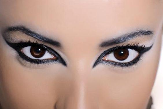 Tes maquillaje and eyeliner on pinterest - Maneras de maquillarse ...