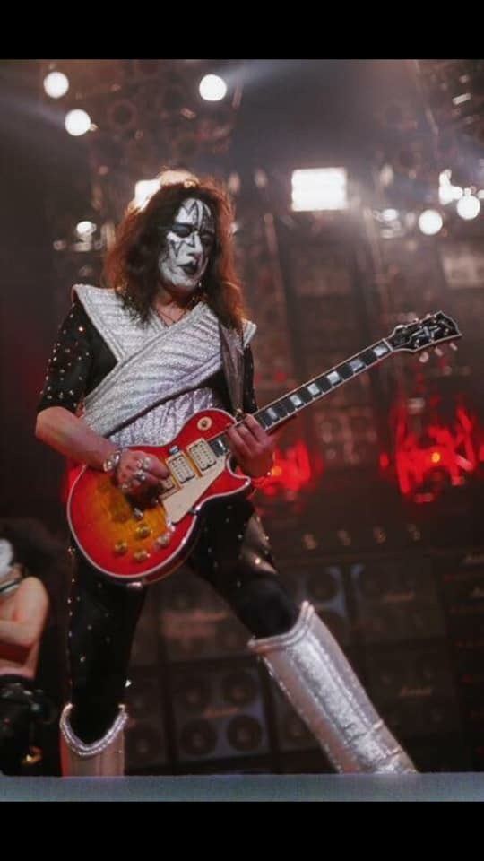 Pin By Val Kops On Kiss In 2019 Kiss World Ace Frehley Kiss