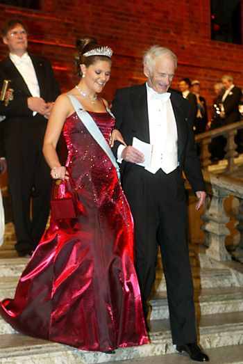 Victoria of Sweden (September 2007 - April 2011) - Page 7 - the Fashion Spot