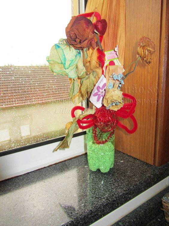 Armario Com Espelho Para Banheiro Na Leroy Merlin ~ Jarra feita com garrafa de plástico (PET) Artesanato e Reciclagem Com Passo a Passo