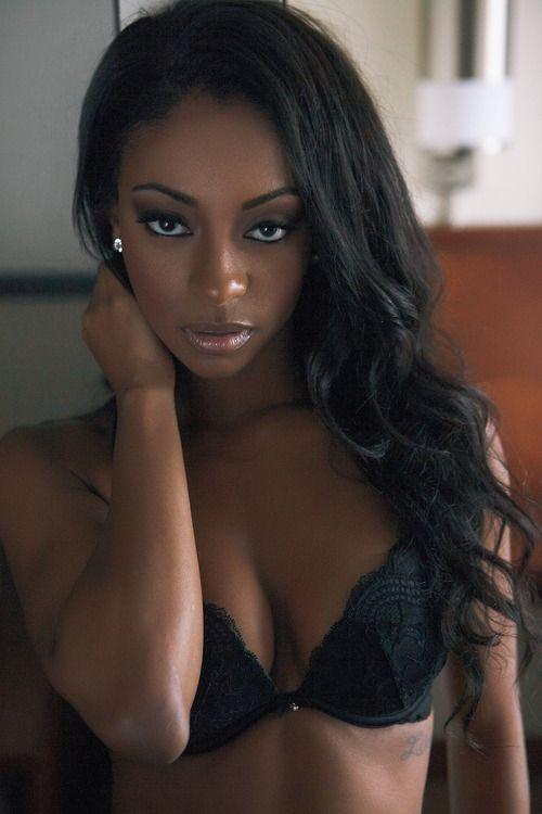 Message petite dark skin black girls