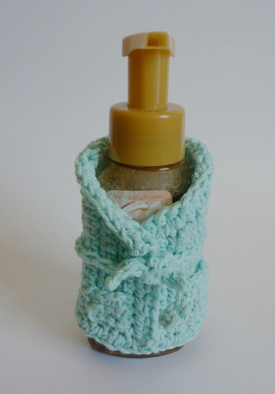 Bottle crochet and free pattern on pinterest for Best coasters for sweaty drinks