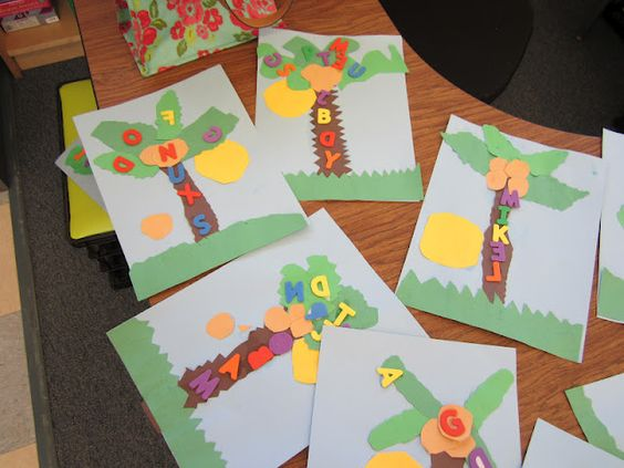Teacher Bits and Bobs: Classroom Pics, Color Freebies, and a FAB giveaway!!