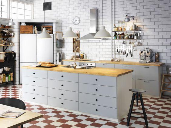 METOD kök med VEDDINGE luckor och lådfronter.   Home   Pinterest ...