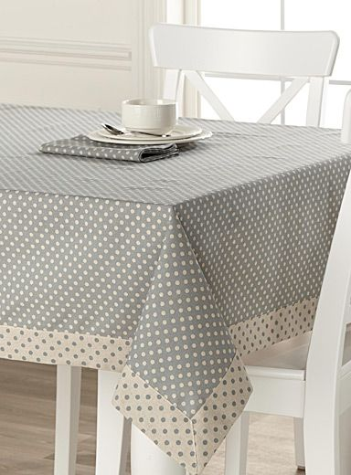 magasinez des nappes et du linge de table en ligne simons table pinterest tablecloths. Black Bedroom Furniture Sets. Home Design Ideas
