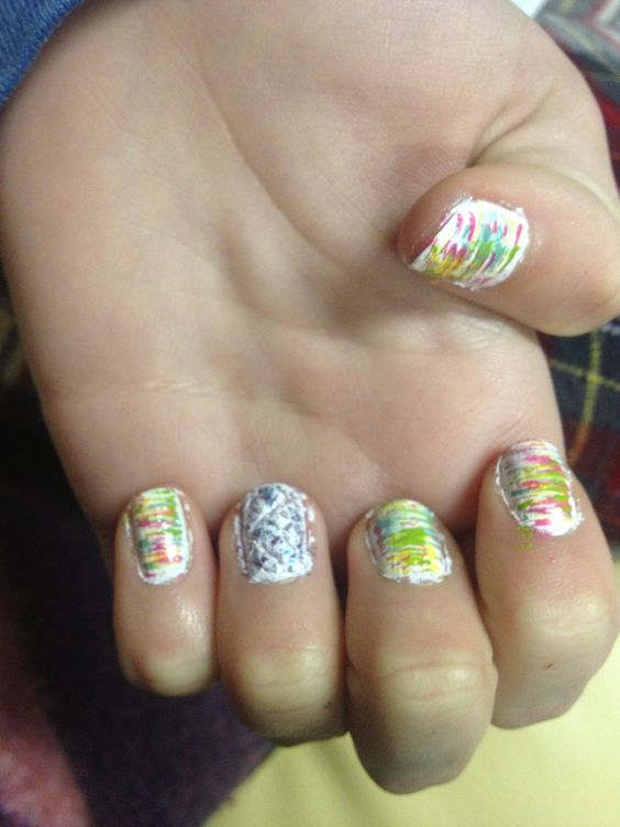 Rie's fanned nails :)