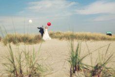 Ihre Hochzeit am Meer - nordisch, stilvoll,sympatisch - Meine Spezialität sind Hochzeitsreportagen mit natürlich spontanen Bildern, die Ihre persönliche Geschichte erzählen.