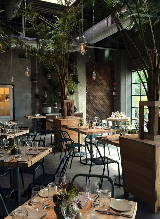 Restaurant Weddings for Modern Inspiration - via Paper Blog