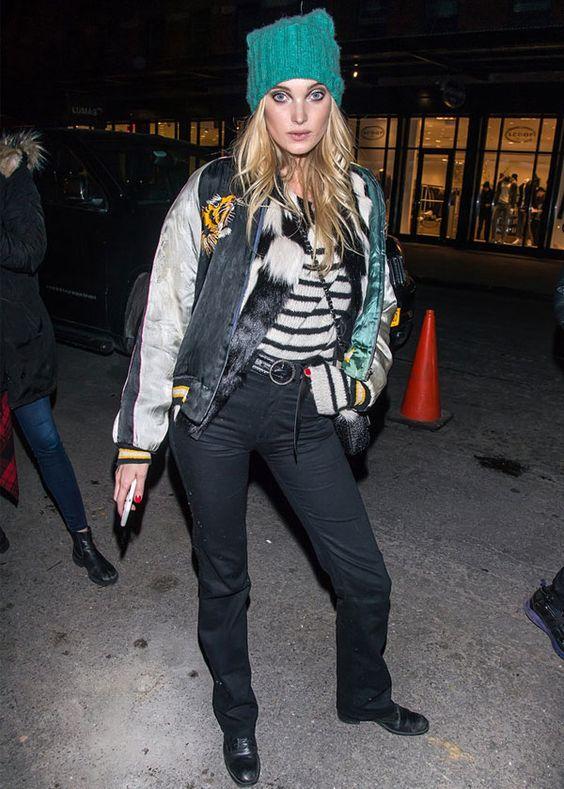 Street style da modelo Elsa Hosk com look de inverno em Nova York.