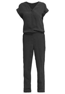 Suit in Anthrazit! Kerstin Tomancok / Farb-, Typ-, Stil & Imageberatung
