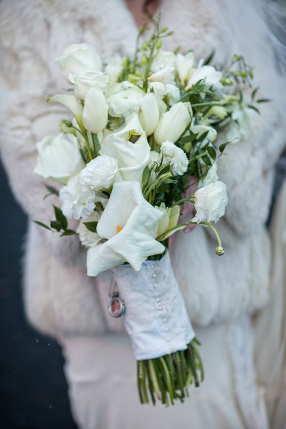 Beautiful #bouquet with a touch of #fur {Jordan Brian Photography}