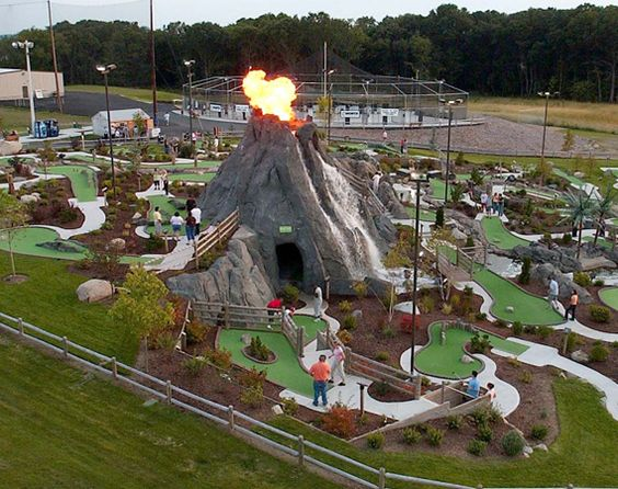 Miniature golf course design construction by cost of for Indoor golf design