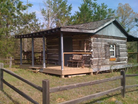 1830's cabin at the YesterYear Lodge- home of the YesterYear Soap Company.