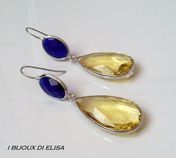 Earrings with turkish crystal: simply smart! #blue #yellow #giallo #blu #earrings #orecchini #handmade #handmadejewels #handmadeearrings #bijoux #bigiotteria #drop #goccia #artigianato #ibijouxdielisa