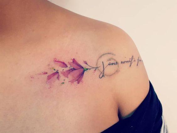 Tatuagem Feminina no Ombro - Modelos e Ideias | Tatuagens Ideias
